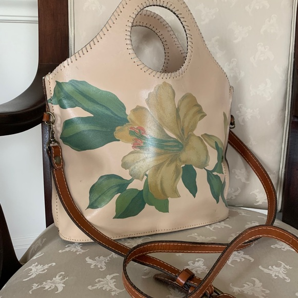 RARE Patricia Nash Hand Painted Crossbody